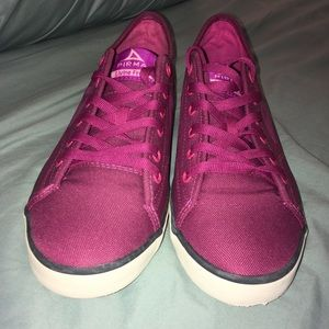 reputable site a5267 3c953 pirma Shoes - Size 8 Pink Shoes